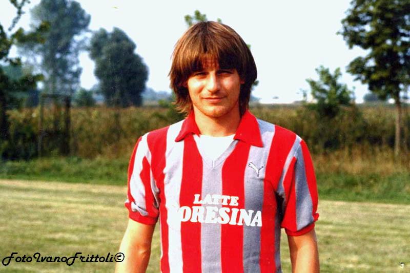 La Cremonese ha vinto una sola volta a Pescara nel 1982 (in gol anche il mitico Frutti) - Sportgrigiorosso